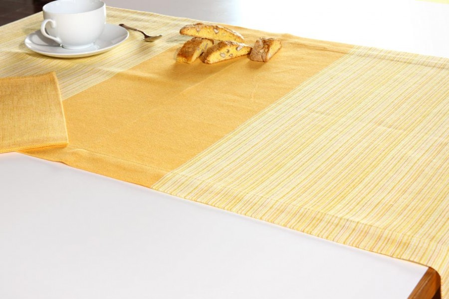 <!--:it-->Tovaglia Runner Cortese<!--:--><!--:en-->Cortese Runner table cloth<!--:-->
